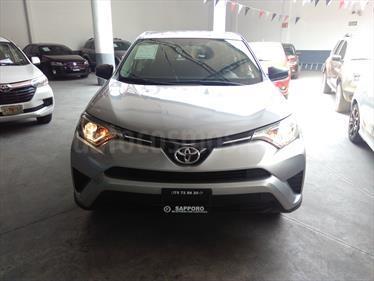 Foto Toyota RAV4 LE