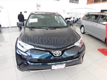 foto Toyota RAV4 XLE 4WD