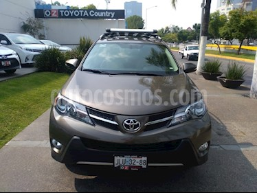 Foto venta Auto Seminuevo Toyota RAV4 XLE (2015) color Bronce