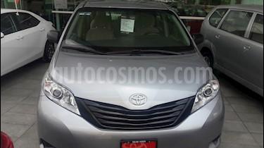 foto Toyota Sienna CE 3.5L