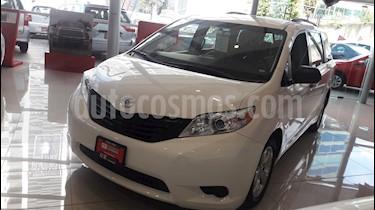 Foto venta Auto Usado Toyota Sienna CE 3.5L (2017) color Blanco precio $459,000