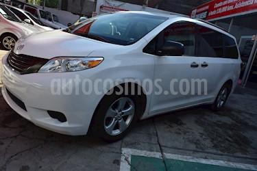 Foto venta Auto Seminuevo Toyota Sienna CE 3.5L (2015) color Blanco precio $320,001