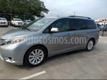 Foto venta Auto Usado Toyota Sienna Limited 3.5L (2015) color Plata precio $499,000