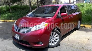 Foto venta Auto Usado Toyota Sienna Limited 3.5L (2011) color Rojo precio $269,000