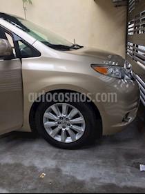 Foto venta Auto Seminuevo Toyota Sienna XLE 3.3L Piel (2012) color Oro precio $270,000
