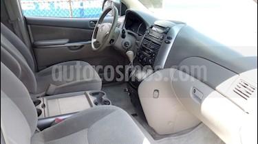 Foto venta Auto Usado Toyota Sienna XLE 3.3L (2006) color Blanco precio $116,000