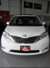 Foto venta Auto Seminuevo Toyota Sienna XLE 3.5L Piel (2014) color Blanco precio $410,000