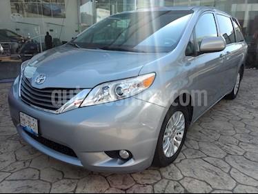 Foto venta Auto Seminuevo Toyota Sienna XLE 3.5L Piel (2014) color Plata precio $345,000