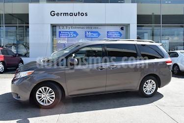 Foto venta Auto Usado Toyota Sienna XLE 3.5L (2014) color Gris Eclipse precio $380,000