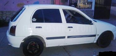 Foto venta carro Usado Toyota Starlet XL L4 1.3 8V (1997) color Blanco precio u$s1.000