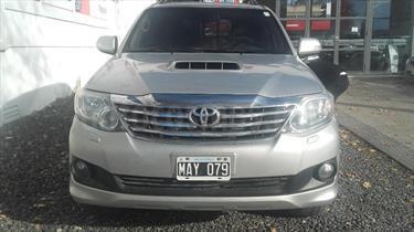 foto Toyota SW4 SRV TDi Cuero Aut