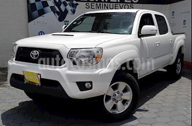 Foto venta Auto Usado Toyota Tacoma TRD Sport 4x4 (2015) color Blanco precio $409,000