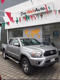 Foto venta Auto Seminuevo Toyota Tacoma TRD Sport 4x4 (2015) color Plata Cristal precio $430,000