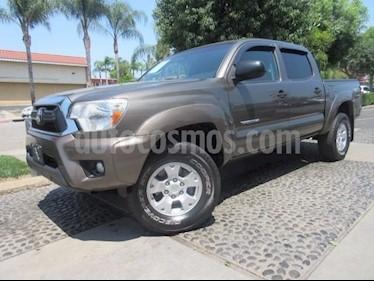 Foto venta Auto Seminuevo Toyota Tacoma TRD Sport (2014) color Gris precio $124,000