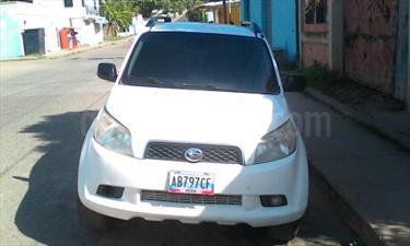 Foto venta carro Usado Toyota Terios 1.5L (2011) color Blanco precio u$s6.800