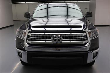 foto Toyota Tundra 5.7L SR5 4x2