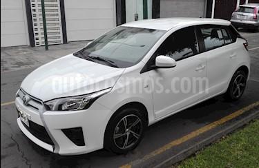 Foto venta Auto Usado Toyota Yaris Hatchback 1.3L GLi  (2017) color Blanco precio u$s12,500