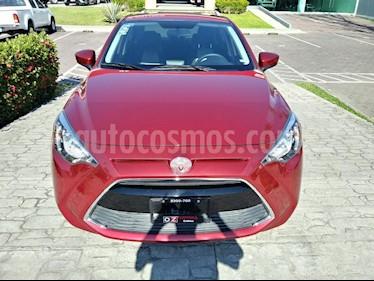 foto Toyota Yaris R LE