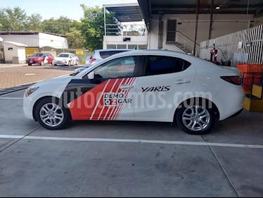 Foto venta Auto Seminuevo Toyota Yaris R XLE Aut (2018) color Blanco precio $252,000