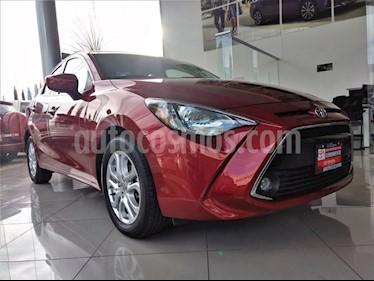 Foto venta Auto Seminuevo Toyota Yaris R XLE Aut (2018) color Rojo precio $253,000
