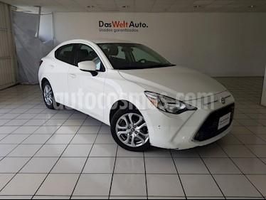 Foto venta Auto Seminuevo Toyota Yaris R XLE Aut (2017) color Blanco precio $229,900
