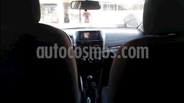 Toyota Yaris Sedan 1.3 GLi usado (2016) color Negro precio u$s13,000