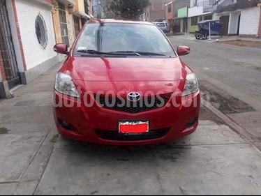 Toyota Yaris Sedan 1.3 usado (2013) color Rojo precio u$s7,200