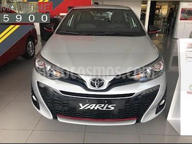 Foto venta Auto usado Toyota Yaris Sedan 1.5 XLS Pack CVT (2019) color Gris Claro precio $883.500