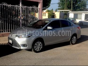Foto venta Auto Seminuevo Toyota Yaris Sedan Core Aut (2017) color Plata precio $215,000
