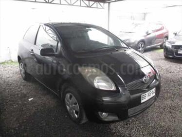 Foto venta Auto usado Toyota Yaris Sport 1.3 XLi 5P (2008) color Negro / Vintage Copper precio $2.000.000