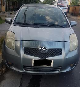 Foto venta Auto Usado Toyota Yaris Sport 1.3 XLi 5P (2006) color Gris precio $3.900.000