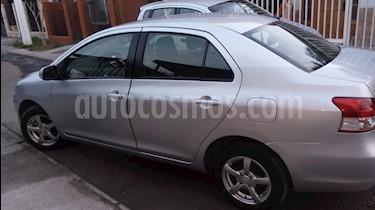 Toyota Yaris 1.5 GLi Ac usado (2013) color Plata precio $6.500.000