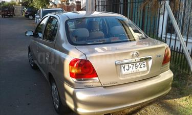 Toyota Yaris 1.5 XLi usado (2005) color Beige Metalico precio $3.500.000
