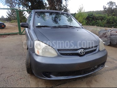 foto Toyota Yaris 1.5 XLi