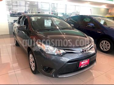 Foto venta Auto Seminuevo Toyota Yaris 5P 1.5L Core Aut (2017) color Gris Offroad precio $209,000