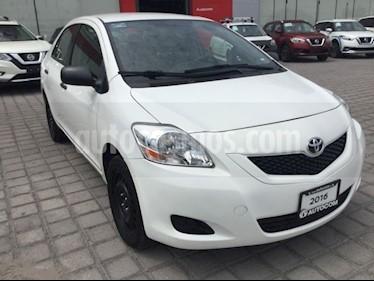 Foto venta Auto Seminuevo Toyota Yaris 5P 1.5L Core (2016) color Blanco precio $165,000