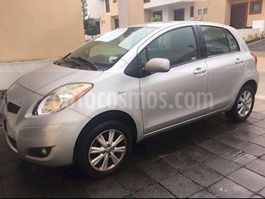 Foto venta Auto Seminuevo Toyota Yaris 5P 1.5L Premium Aut (2009) color Plata precio $85,000