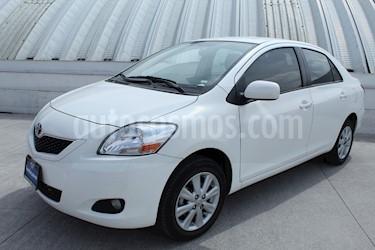 Foto venta Auto Seminuevo Toyota Yaris 5P 1.5L Premium Aut (2016) color Blanco precio $199,000