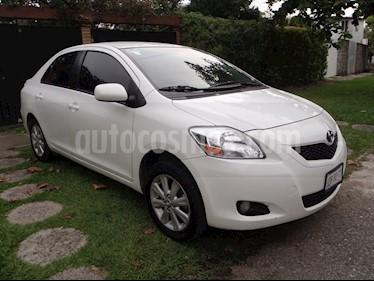 Toyota Yaris 5P 1.5L Premium usado (2016) color Blanco precio $157,000