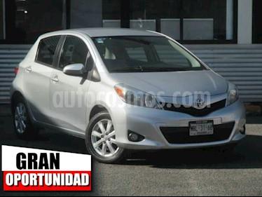 Foto venta Auto Seminuevo Toyota Yaris 5P 1.5L Premium (2014) color Plata precio $145,000