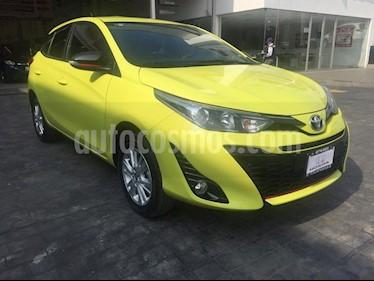 Foto venta Auto Seminuevo Toyota Yaris 5P 1.5L S Aut (2018) color Amarillo precio $249,000