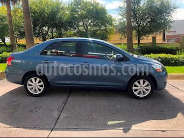 Foto venta Auto Seminuevo Toyota Yaris 5P 1.5L S Aut (2014) color Azul precio $179,000
