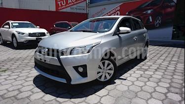 Foto venta Auto Seminuevo Toyota Yaris 5P 1.5L S (2017) color Plata Brillante precio $225,000