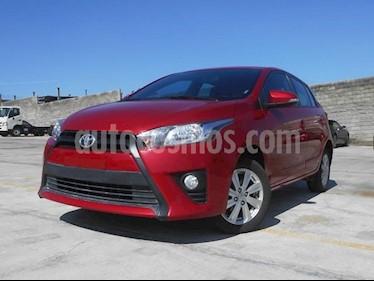 Foto venta Auto Seminuevo Toyota Yaris 5P 1.5L S (2017) color Rojo precio $218,000