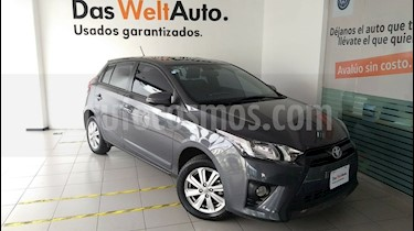 Foto venta Auto Seminuevo Toyota Yaris 5P 1.5L S (2017) color Gris precio $220,000