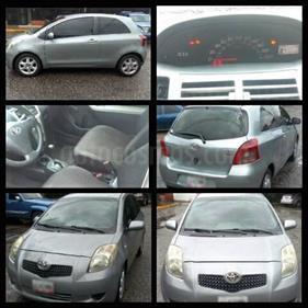 Foto venta carro usado Toyota Yaris Sol Auto. (2007) color Plata precio u$s4.000