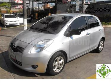 Foto venta carro usado Toyota Yaris Sol Sinc. (2007) color Plata precio u$s3.800