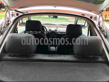 Volkswagen Beetle 2.0L GLS Full usado (2010) color Plata Reflex precio $34.000.000