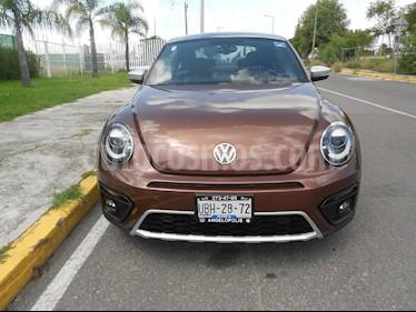 Foto venta Auto usado Volkswagen Beetle Dune DSG (2016) color Cafe precio $310,000