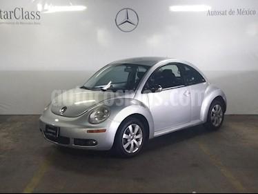 Foto venta Auto Seminuevo Volkswagen Beetle GLS 2.0 (2010) color Plata precio $115,000